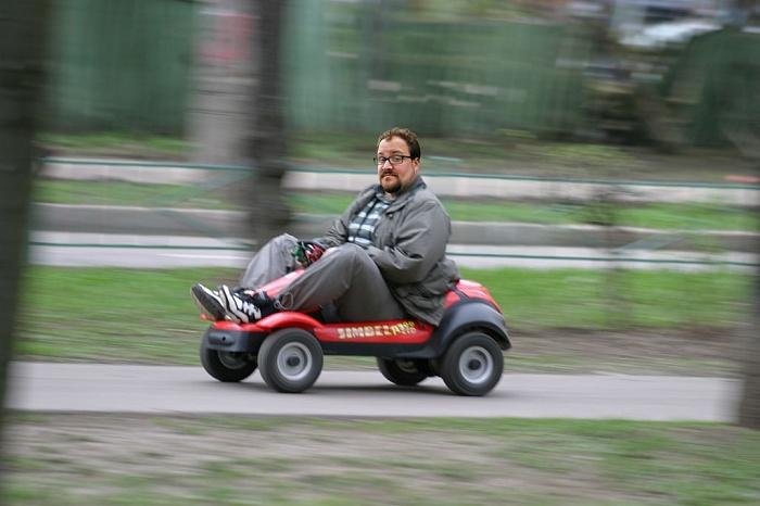 Приход апрель-май 2015 макс скорость 50 км\\ч двигатель: бензиновый 1-цилиндровый ,4-х тактный
